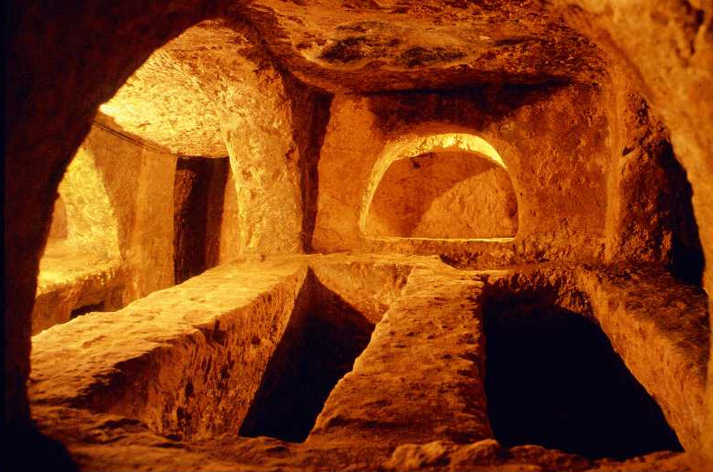 catacombs underground burials and their place in ancient mediterranean cultures Ancient rome catacombs, christian catacombs of praetextatus, san sebastiano (appian way) , san callisto and the jewish catacombs in rome roman catacombs are a series of underground burials that span from the early second century to the fifth century (ad) the catacombs of rome.